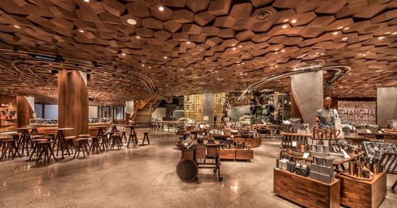 전세계에서 가장 규모가 큰 상하이 스타벅스 매장. [사진 중국 매체 상하이스트]