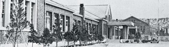 1937년 신축된 경성공립농업학교 전농동 교사(현 경농관