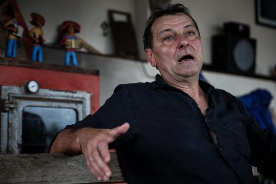 볼리비아에서 체포된 이탈리아 극좌 테러리스트 체사레 바티스티 [EPA]