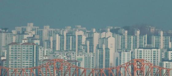 지난 13일 서울 일대의 아파트 단지 전경 [연합뉴스]