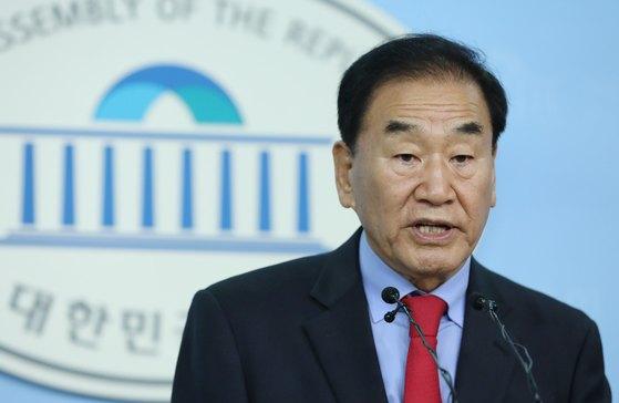 이재오 자유한국당 상임고문. [뉴스1]