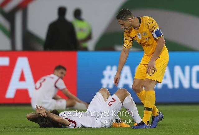 시리아는 16일 열린 2019 AFC 아시안컵 조별리그 B조 호주와 경기에서 2-3으로 패했다.  이날 패배로 B조 최하위를 기록했다.