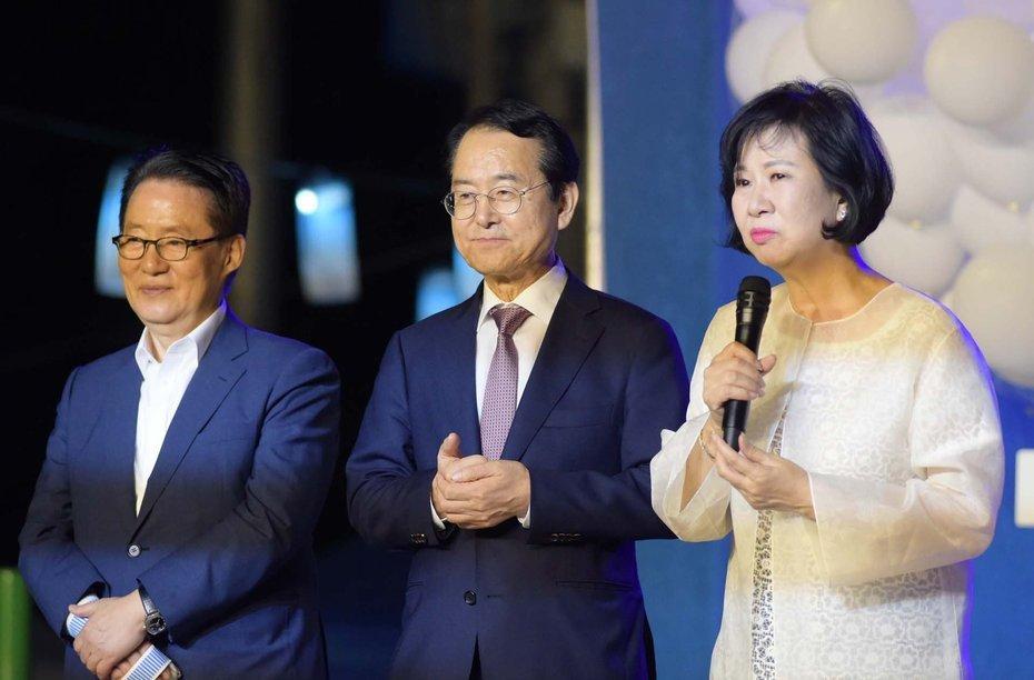 왼쪽부터 박지원 민주평화당 의원과 김종식 목포시장, 손혜원 의원. [사진 목포시청]