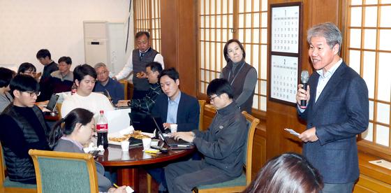김수현 부동산 안정세···불안 현상 있을땐 추가 대책