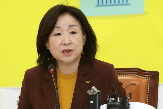 """심상정 """"정개특위, 민주당은 샛길찾고 한국당은 침대축구"""""""