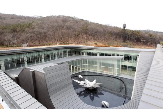 천안까지 원정 화장 가는 서울 사망자 280명…그래도 증설계획 없다는 서울시