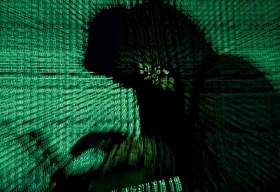 전세계 퍼져있는 중국산 통신장비를 통해 중국 해커들이 제집 드나들듯 오가며 데이터를 수집하는 모습을 형상화했다. [로이터=연합뉴스]