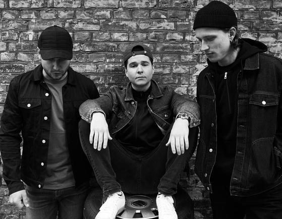 덴마크의 3인조 밴드 루카스 그레이엄. 24일 첫 단독 내한공연을 갖는다. [사진 워너뮤직]