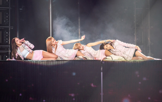 """Photo from Yonhap News, BLACKPINK's World Tour """"IN YOUR AREA"""" Bangkok Impact Arena"""