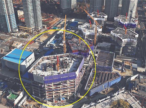 용산참사 10주기인 20일 사고 현장인 옛 남일당 건물터(원안)에서 건물 신축 공사가 진행되고 있다. [연합뉴스]
