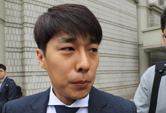 지난 2017년 3월 31일 서울중앙지법에 '비선실세'와 관련한 공판 증인으로 출석한 김동성씨.[연합뉴스]