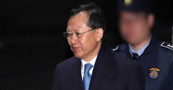 사법행정권 남용 사건에 관여한 의혹을 받는 박병대 전 대법관. [연합뉴스]