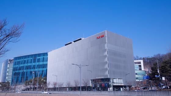 경기도 성남시 판교에 있는 NHN엔터테인먼트 도심형 친환경 클라우드 데이터 센터. [사진 NHN엔터테인먼트]