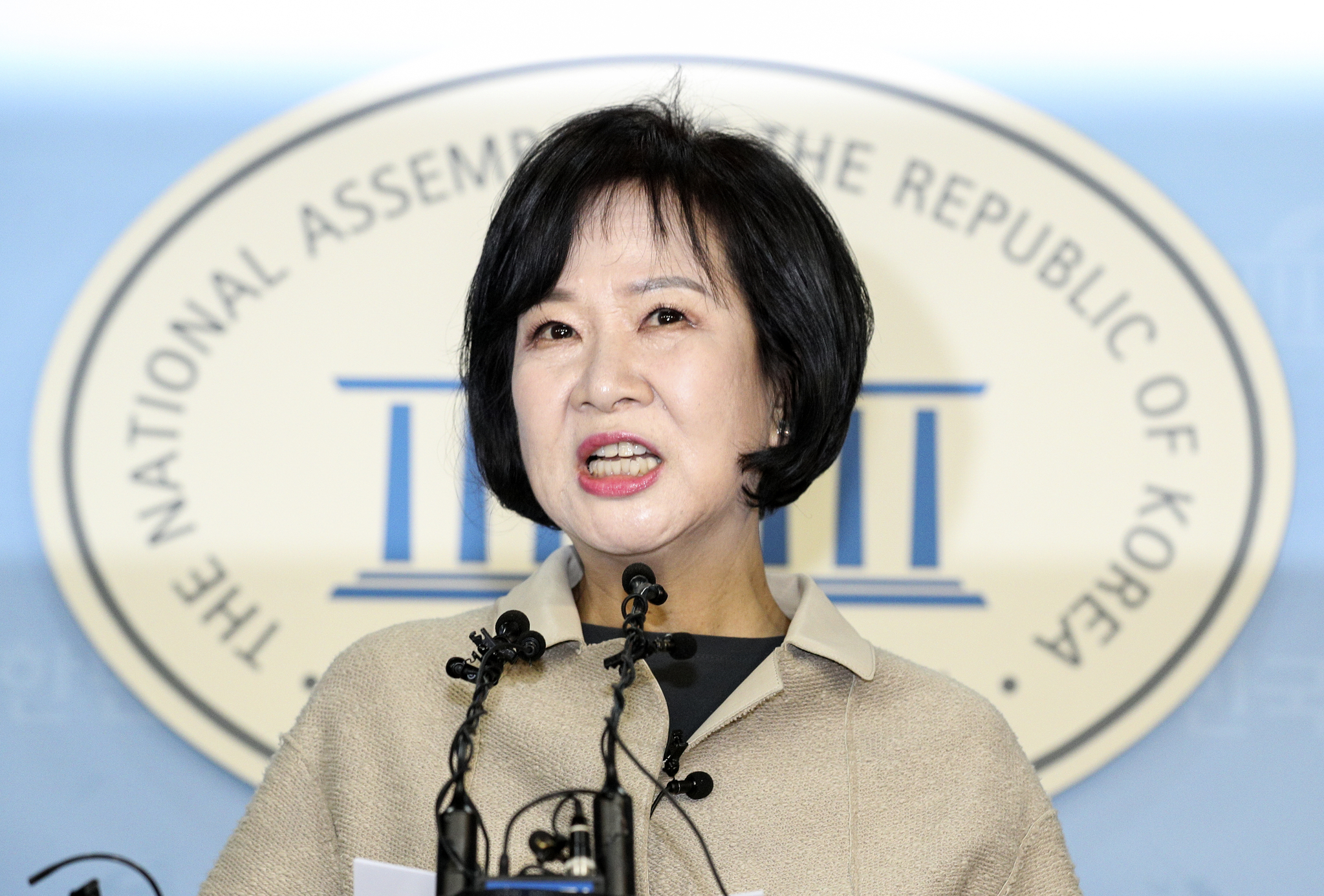 목포 부동산 투기 의혹을 받고 있는 손혜원 의원(서울 마포구을)이 20일 오전 서울 여의도 국회 정론관에서 기자회견을 하고 있다. 임현동 기자