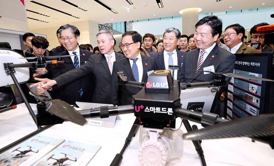 경제장관 3명, 마곡 LG사이언스파크 '5G 상생 간담회' 집결