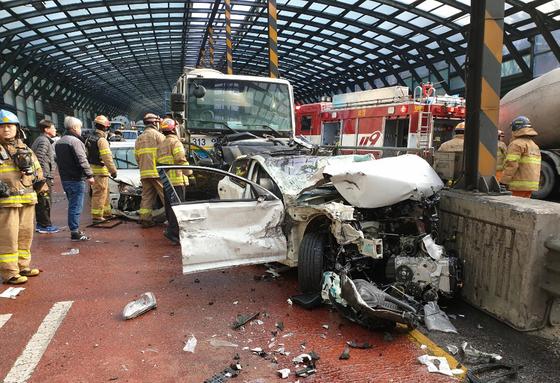 용인 교차로서 29중 추돌사고