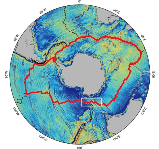 남극 대륙을 둘러싸고 있는 환 남극 중앙해령(붉은 선)과 아라온호 탐사 지역인 호주-남극 중앙해령. 환남극 중앙해령은 전체 중앙해령의 약 1/3을 차지하고 있다. 하얀 실선 네모 박스가 탐사 지역인 호주-남극 중앙해령. [사진 극지연구소]
