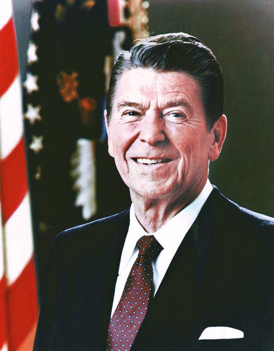 신자유주의의 상징으로 꼽히는 미국 제40대 대통령 로널드 레이건. 그는 말년에 알츠하이머병을 앓았다. [중앙포토]