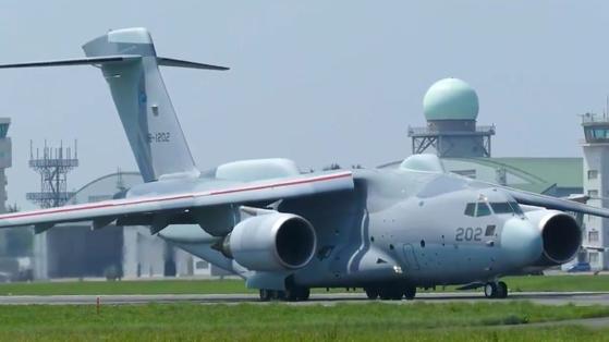일본 공중자위대가 시범운용 중인 전자전기 C-2 ELINT. [사진 유튜브 캡처]