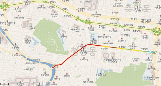 서울 관악구 쑥고개로의 미세먼지 오염 지도. 붉은색으로 표시된 부분이 미세먼지 농도가 '매우나쁨(201㎍/㎥ 이상)'을 초과한 도로다. [한국환경공단 제공]