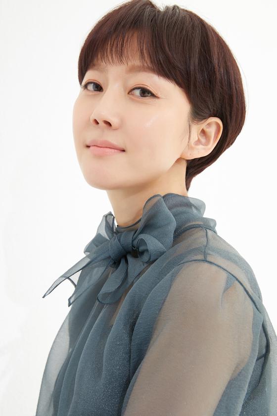 JTBC 드라마 'SKY캐슬'에서 한서진 역을 열연한 배우 염정아 [사진 아티스트컴퍼니]