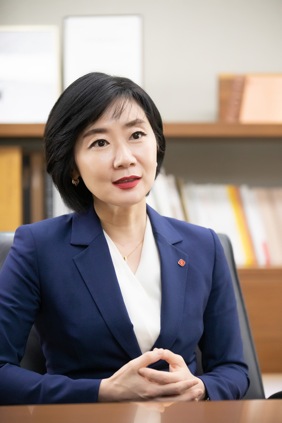 롯데그룹 첫 여성 CEO인 롭스 선우영 대표. [사진 롭스]
