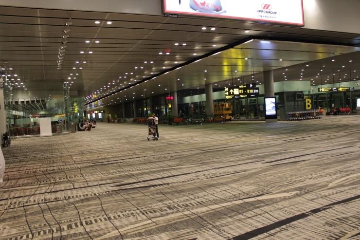 싱가포르 창이공항 바닥에 깔린 카펫. [사진 구글]