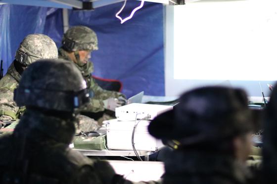 10월 31일 강원도 인제 KCTC 훈련장. 이날 훈련에 참여한 3사단 23연대 연대 지휘소 [사진 박용한]