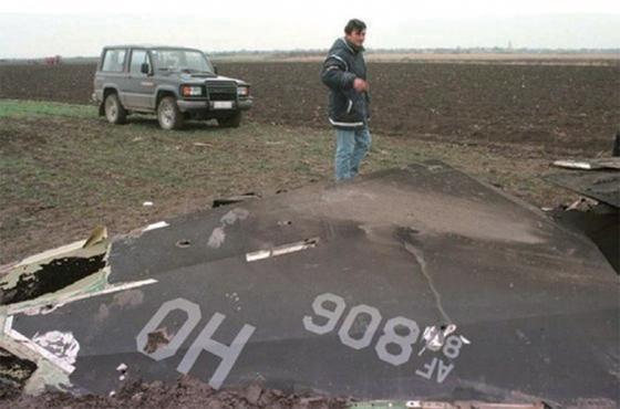 1999년 3월 27일 세르비아에 추락한 F-117의 잔해. / 사진:Aviationist