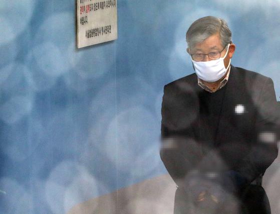 軍 댓글 공작 배득식 전 기무사령관 징역 3년 선고