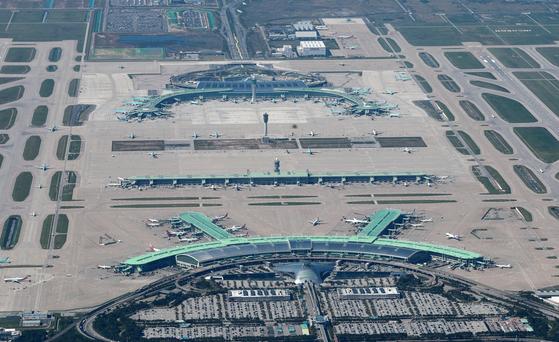 인천국제공항이 2001년 개항 후 처음으로 국제 여객 기준 세계 5위 공항에 올랐다. 인천국제공항 전경. [사진 인천국제공항공사]