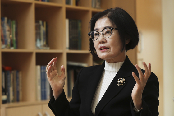"""""""한국 성장률 3.7%는 돼야…정책 실패 반복 땐 위기 온다"""""""