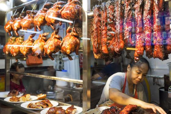 미쉐린 스타 치킨이 1600원… 싱가포르 '가성비 갑' 맛집들