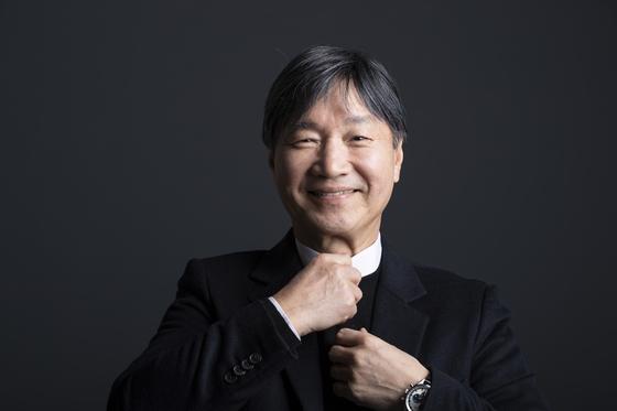 올해로 데뷔 50주년을 맞은 가수 김세환. 19년 만에 정규 앨범을 발표했다. 권혁재 사진전문기자