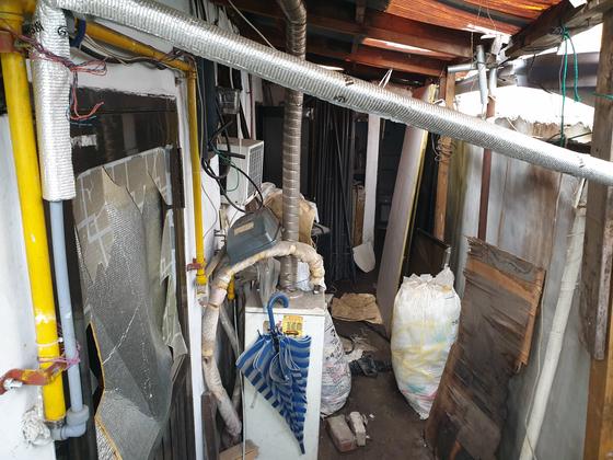 서울 영등포구 문래동 단독주택에서 불이 나 50대 남성 1명이 숨진 채 발견됐다. 이병준 기자