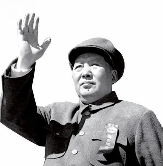 """중국의 마오쩌둥은 핵을 두고 '어차피 써먹지 못하는 물건""""이라고 했지만 그 영향력을 간파하고 있었다."""