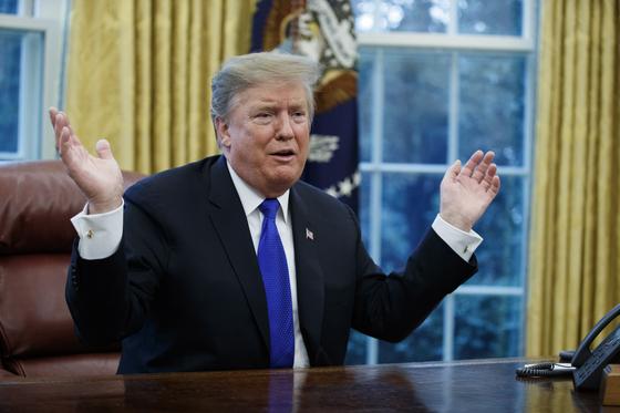 트럼프 대통령이 '주한미국 감축'은 2차 북미정상회담의 논의 대상이 아니라고 못박았다. [연합뉴스]