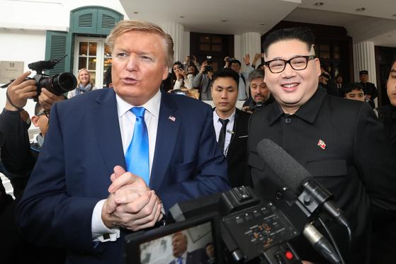 하노이에 등장한 가짜 트럼프·김정은, 호텔방에 갇힌 까닭