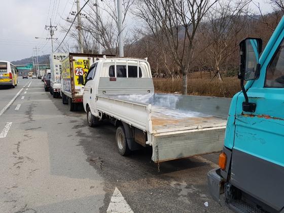 곡성경찰서 이재연 경위가 퇴근길에 혼자 찾아낸 강도살인 피의자의 1t 트럭. [사진 곡성경찰서]