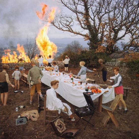 'Le banquet(the banquet)' by Mr. Faucon's Les Grandes Vacances(The Summer Break) Series. Photo from Bernard Faucon.