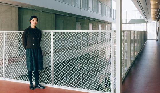 멜로디 송은 뉴욕대학교에서 인류학을 전공하고, 예일대 건축대학원을 졸업한 뒤 코오롱 하우스비전에 합류했다.[사진 이지응 작가]