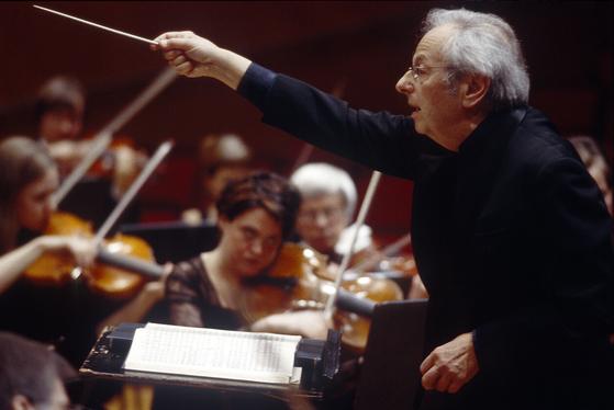 지난달 28일 89세로 타계한 작곡가이자 피아니스트이자 지휘자인 앙드레 프레빈.    [사진 IMG 아티스트]