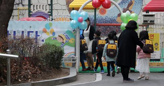 전국 사립 유치원 100% 정상화, 사유재산 논란 불씨는 여전