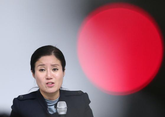 구조동물 안락사 논란을 빚은 동물권단체 '케어' 박소연 대표가 오는 14일 경찰에 출석한다. [연합뉴스]