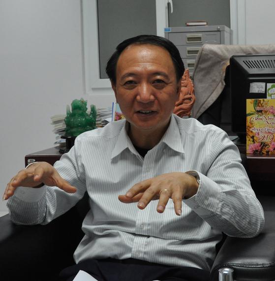 """베트남 세계정치경제연구소(IWEP)응으웬 듀지 러이 편집장은 지난달 28일 """"우수한 인적자원 덕에 북한이 베트남식 모델을 답습한다면 훨씬 더 성공할 것""""이라고 예상했다. 남정호 기자"""