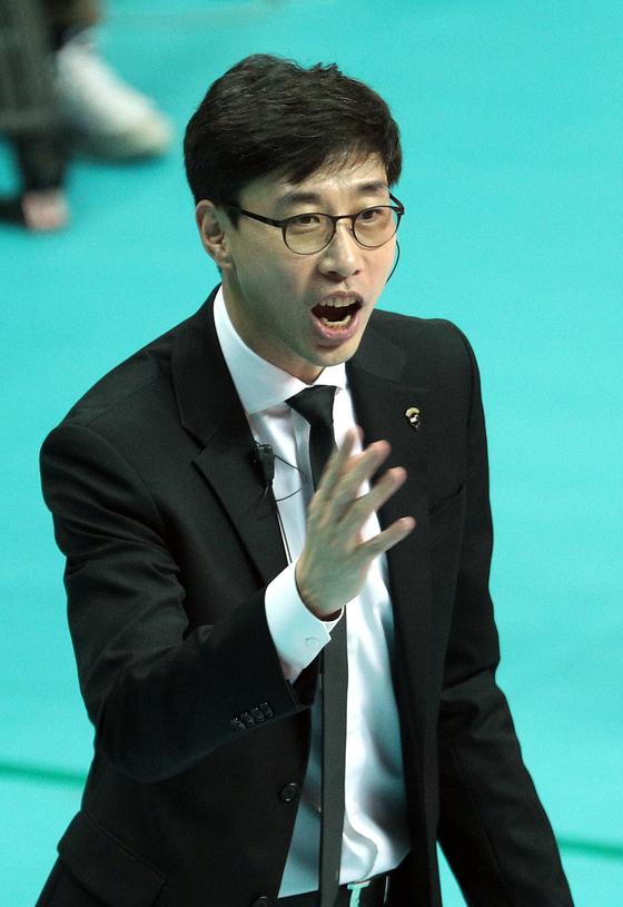 김세진 OK저축은행 감독이 자진사퇴 의사를 밝혔다. [뉴스1]