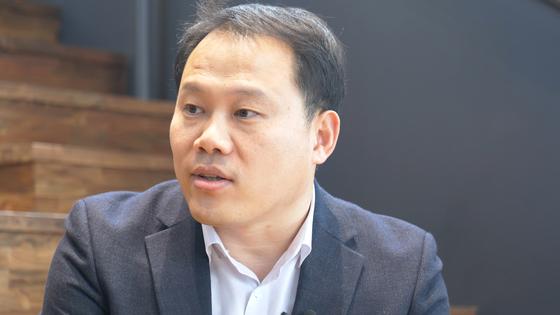 경험게임 붐을 일으키고 있는 유니크 굿의 송인혁 대표가 지난 6일 서울 성동구 헤이그라운드에서 경험산업에 대해 설명하고 있다. 김현정 인턴기자