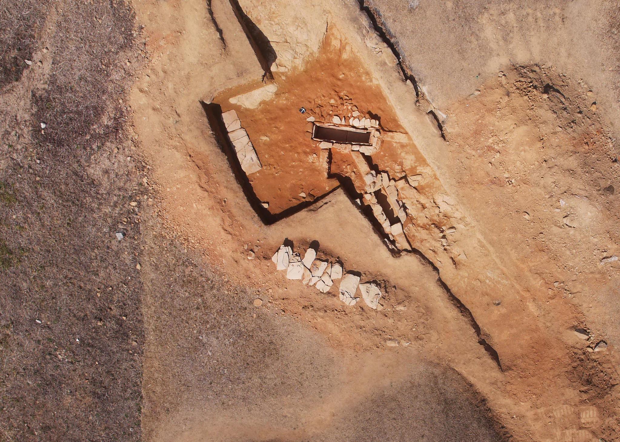 고령 지산동 고분군 제5호 석곽묘 발굴조사 전경. [사진 대동문화재연구원]