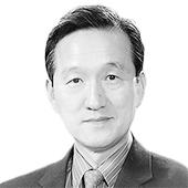 손성환 전 기후변화대사 세계자연기금 한국본부 이사장