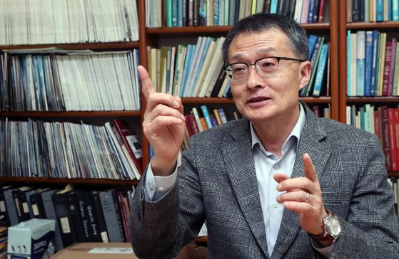 이진한 교수는 국제학술대회에서 외국 학자들이 '포항 교훈'(Pohang lesson)이란 말을 쓸 때 부끄러웠다고 말했다. 최정동 기자